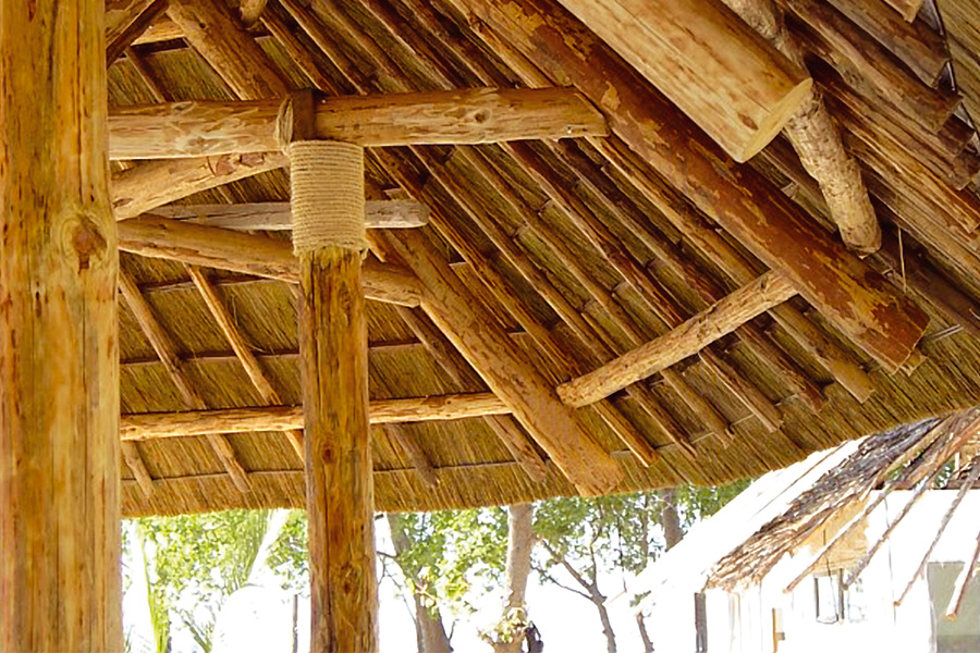 africa roofing poles and posts