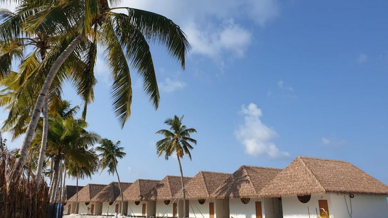 Aarah Veli, Maldives beach villas. Thatching provided by Africa Roofing